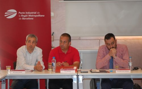 L-R: Carles Rivera, Managing Coordinator of the Pacte Industrial, Toni Mora, head of the Pacte Industrial Economic Activity Committee, and Angel Sanz-Carranza, lecturer at ESADE