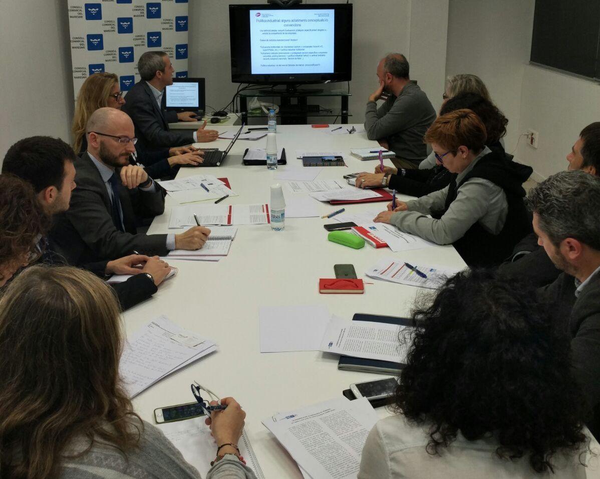 Un momento de la reunión de trabajo celebrada en el consejo comarcal