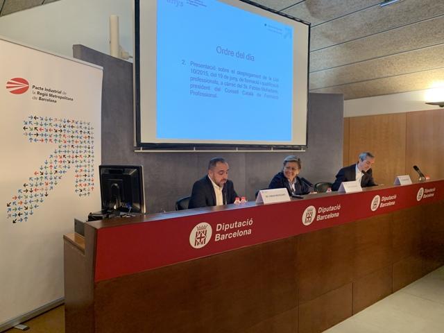 De izq. a dcha.: Fabian Mohedano, M. Rosa Fiol y Carles Rivera.